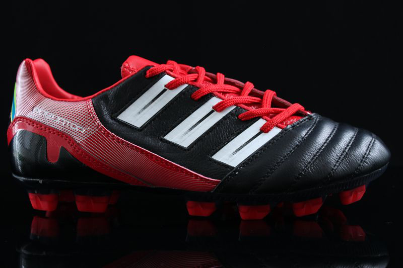 Red Predators Cleats Trx-fg-cleats-black-red
